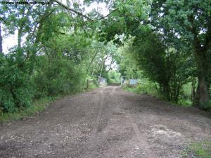 The Thames Path on the old railway line
